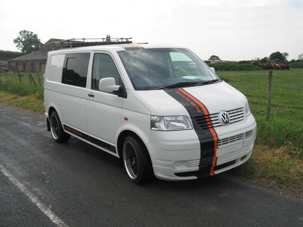 avalanche surf bus vw transporter t5 vandezine by van bodies lancs ltd. Black Bedroom Furniture Sets. Home Design Ideas